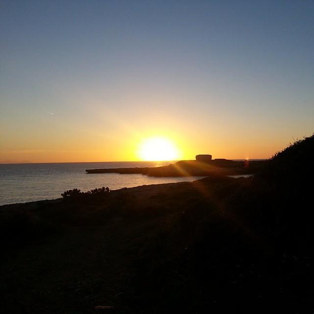 Buen fin de semana a todos! #menorca #menorcablue #mediterranean #sacaleta #ciutadella